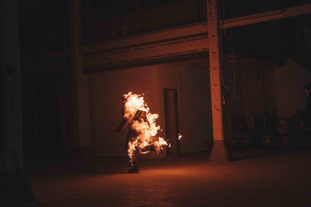 IN FLAMMEN 2